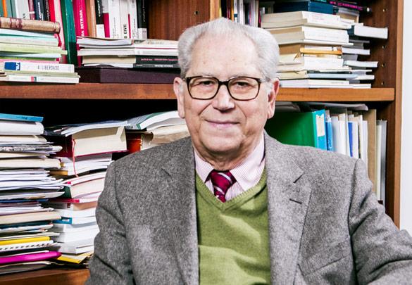 """imagem do post do Falecimento do Professor António Arnaut, """"pai"""" do Serviço Nacional de Saúde"""