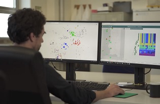 imagem do post do Instituto Ricardo Jorge desenvolve estudo para monitorizar integridade genética do SARS-CoV-2 e a sua evolução durante período de infeção